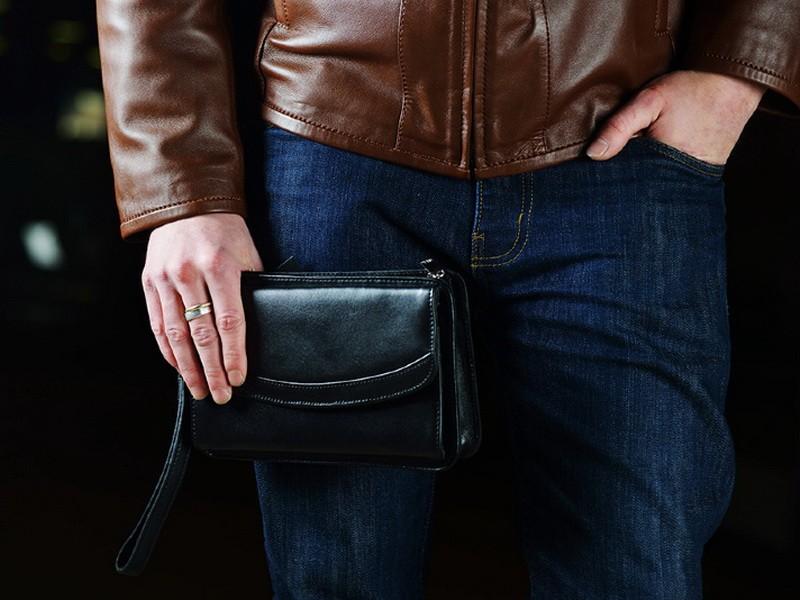 В чем преимущества мужской барсетки?